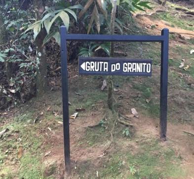 alcantilado_numero_8_cachoeira_gruta_do_granito_1