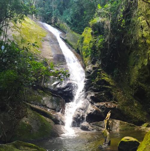 alcantilado_numero_8_cachoeira_gruta_do_granito_2
