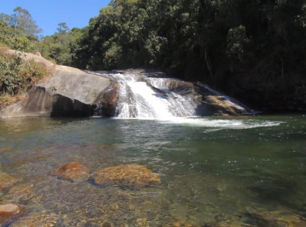 dia2_cachoeira_escorrega_1