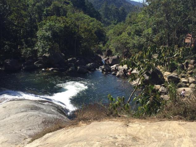 dia2_cachoeira_escorrega_4